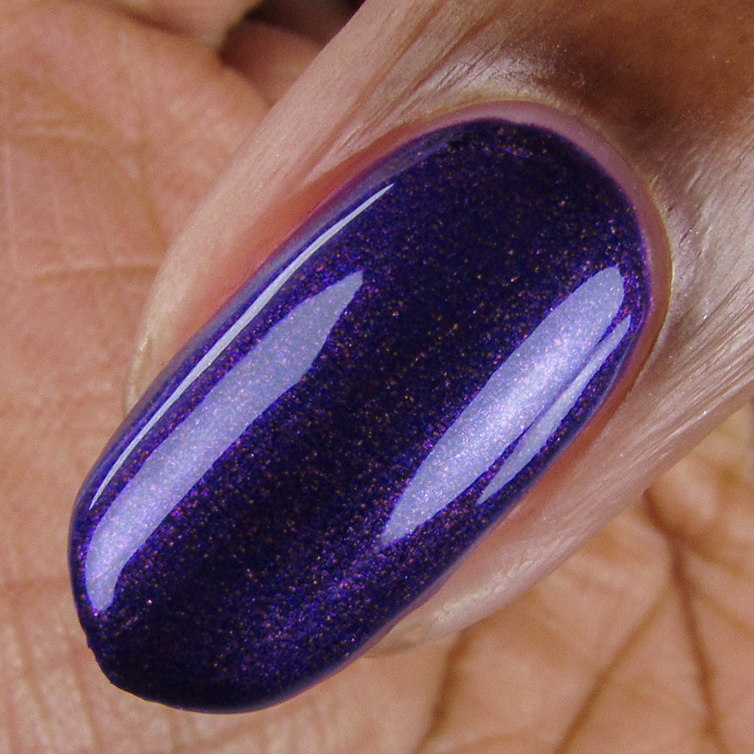 Concord - macro - Vapid Lacquer - April 2018 - Spring release - purple - pink shimmer