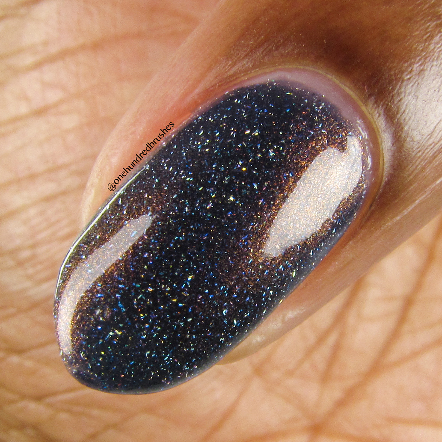 un-Staple - macro, side - KBShimmer - May 2018 Polish Pickup - holographic - office space - 90's pop culture
