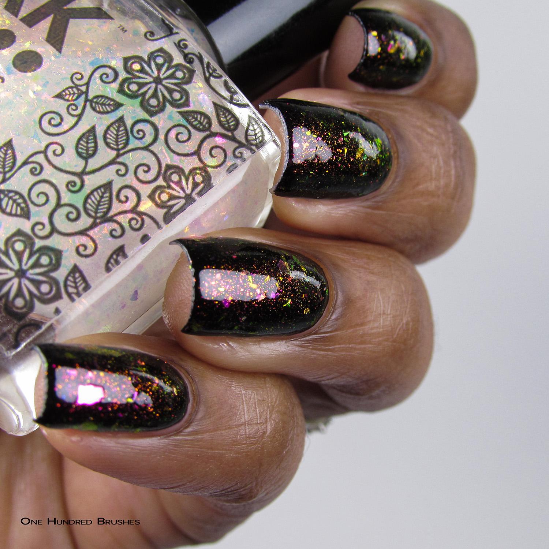 Não Provoque - Bottle Side (over black) - Coleção Rita Lee - DRK Nails