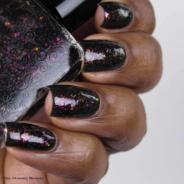 Ovelha Negra - Bottle Side - Coleção Rita Lee - DRK Nails