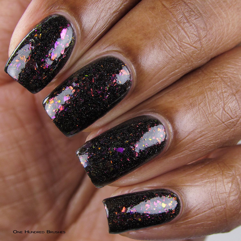 Ovelha Negra - Closeup - Coleção Rita Lee - DRK Nails