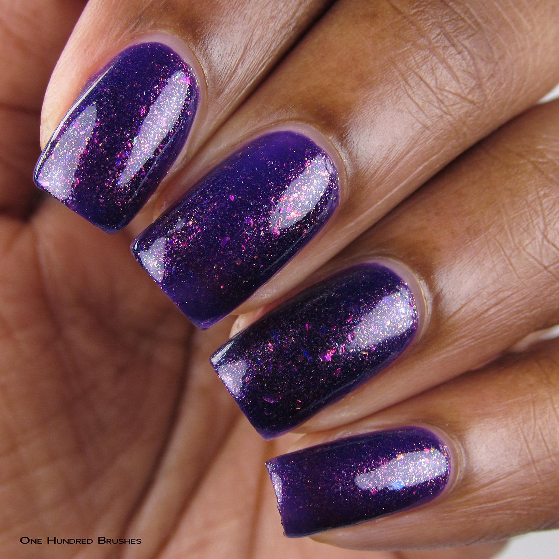 Um Caso Sério - Closeup - Coleção Rita Lee - DRK Nails