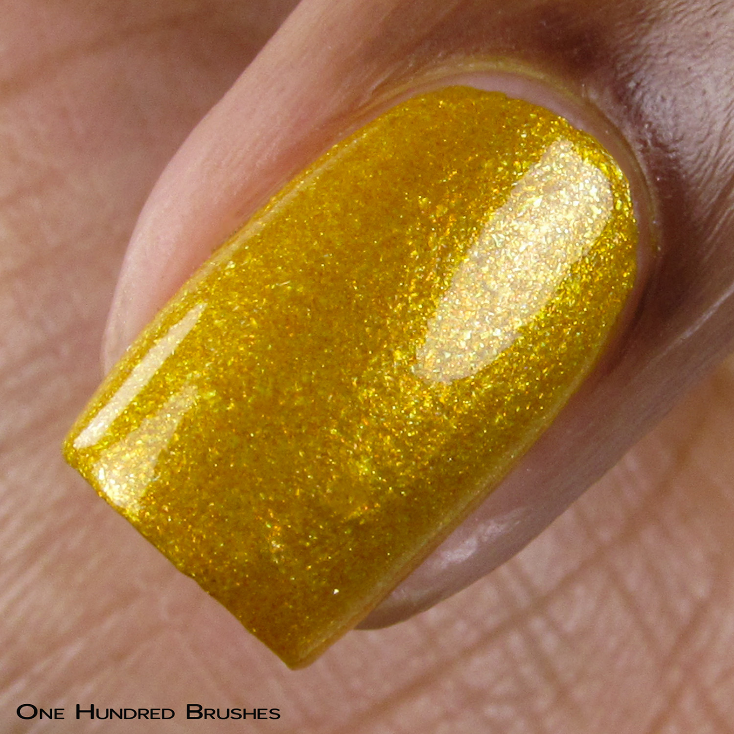 All That Glitters Is... - Macro - Vapid Lacquer Sep 2018