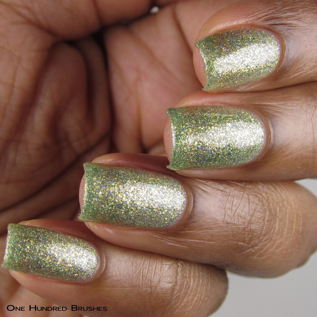 Combing Tangles - Angle - Braves Diva Polish - The Artists Collection