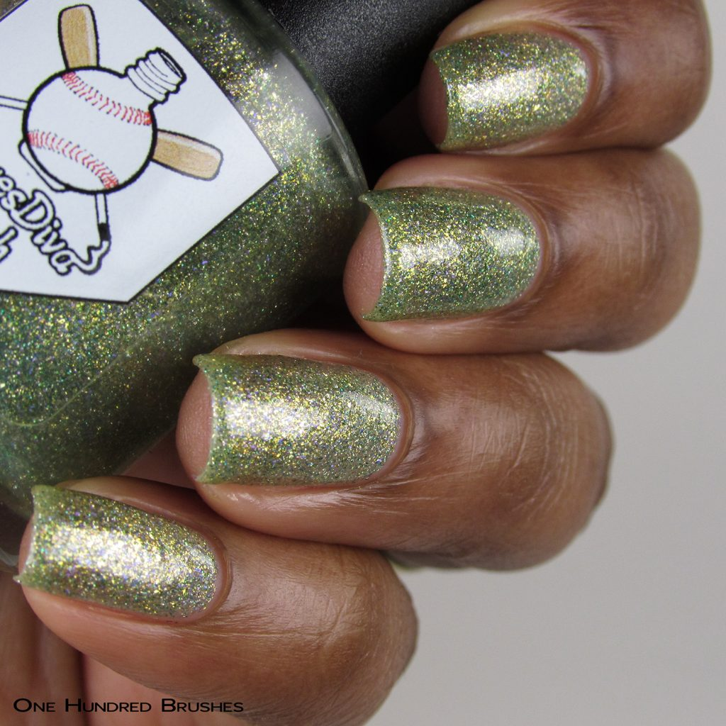 Combing Tangles - Bottle Side - Braves Diva Polish - The Artists Collection