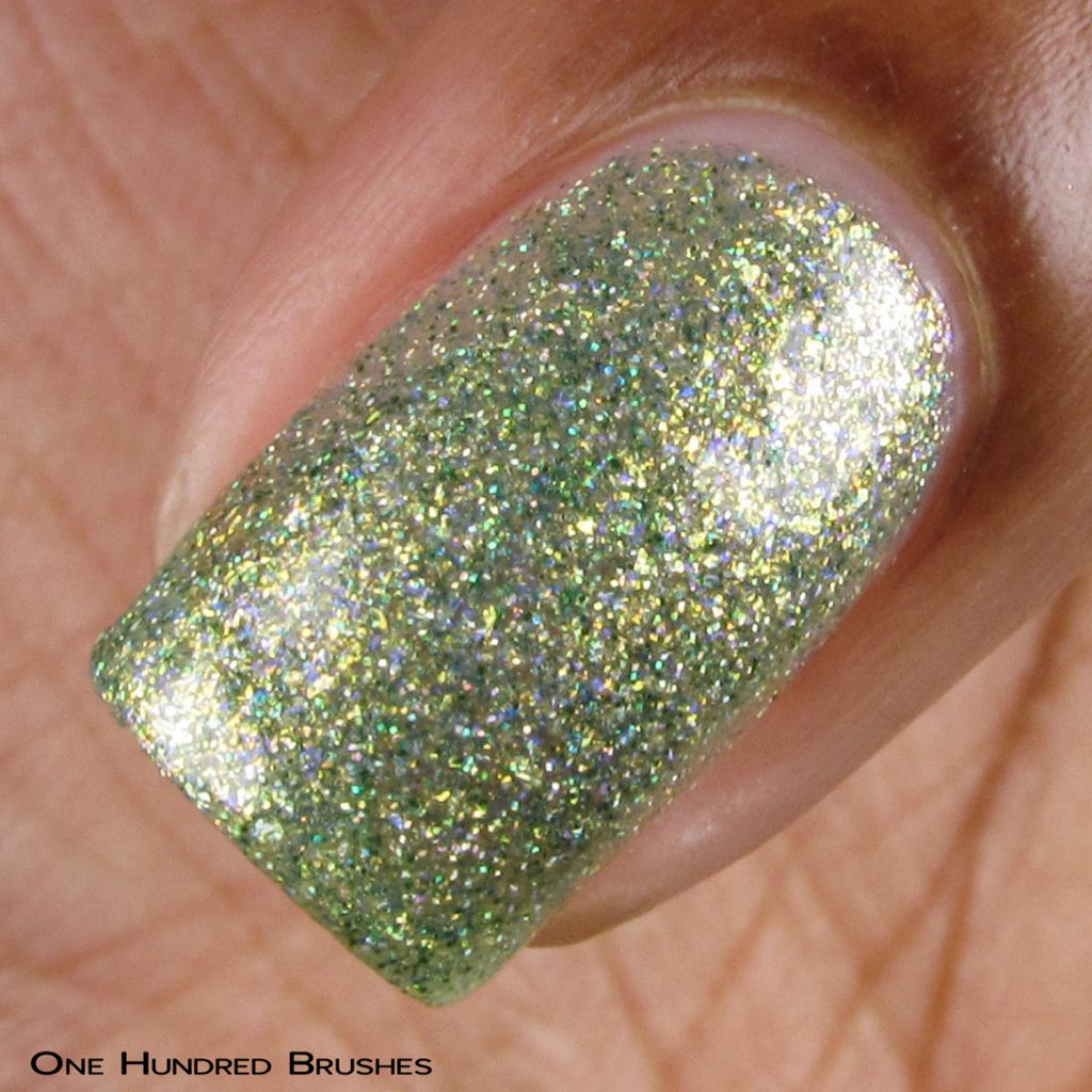 Combing Tangles - Macro - Braves Diva Polish - The Artists Collection
